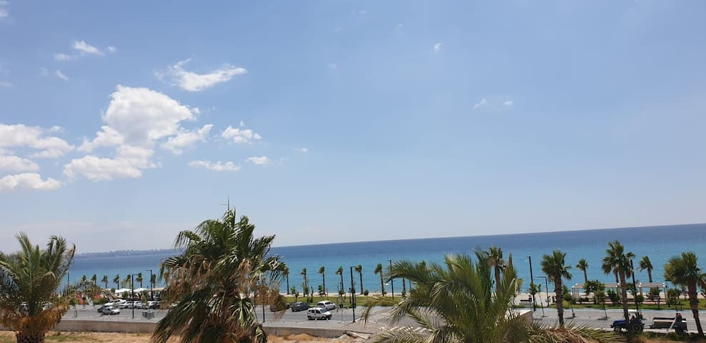 Sea view of Konyaalti with Fantastik Pool.