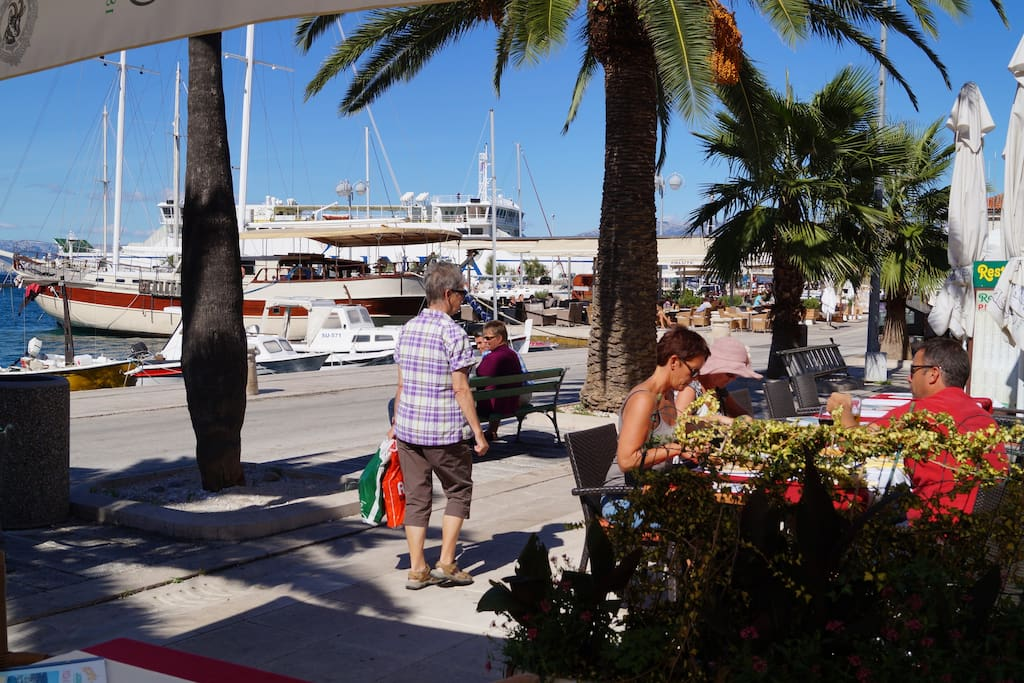 Bars and cafes in Split