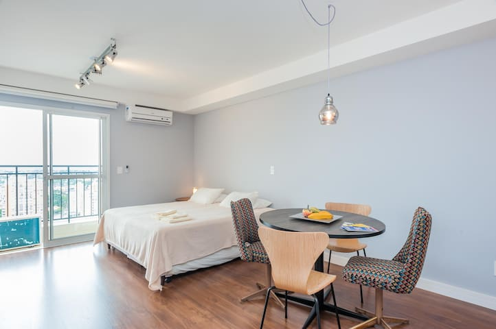 Modern Luxurious Studio Flat in Curitiba Downtown! - Curitiba - Apartment