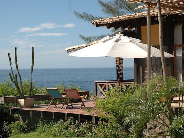 Guest House Itacoatiara suíte a beira mar