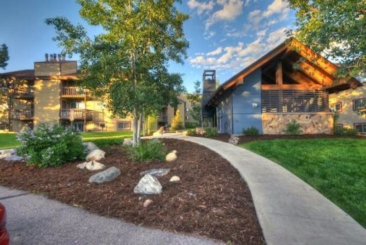 Updated Steamboat Mountain Condo