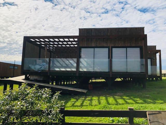 Rica casa en Matanzas (en condominio) con hot tub