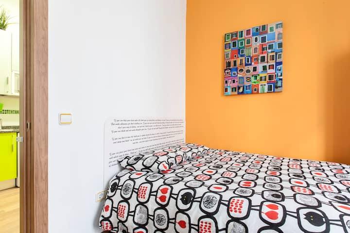 Private Room in Madrid Center. O