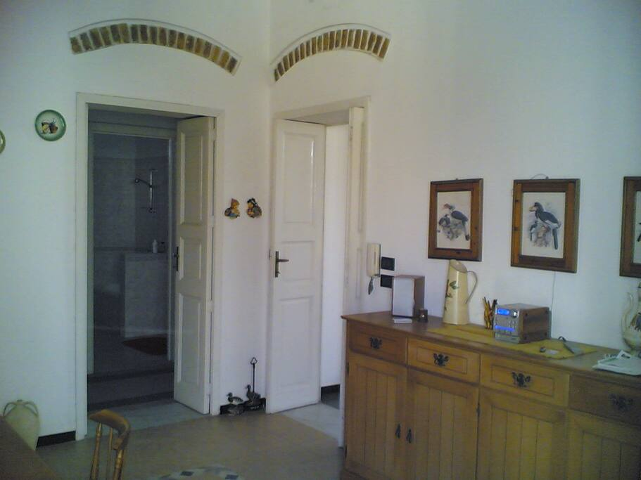Sala cucina con mattoni del 1920 a vista