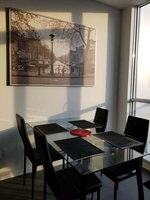 Beautiful, stylish, and modern design dining area and full kitchen
