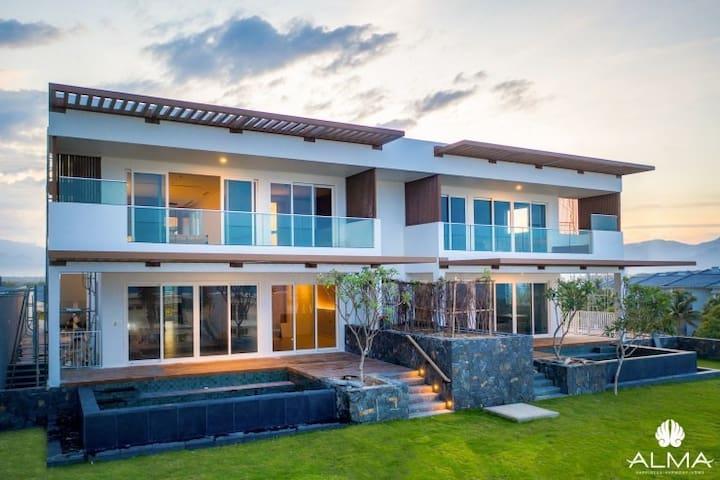 LUXURIOUS Apartment- Alma resort, Nha Trang