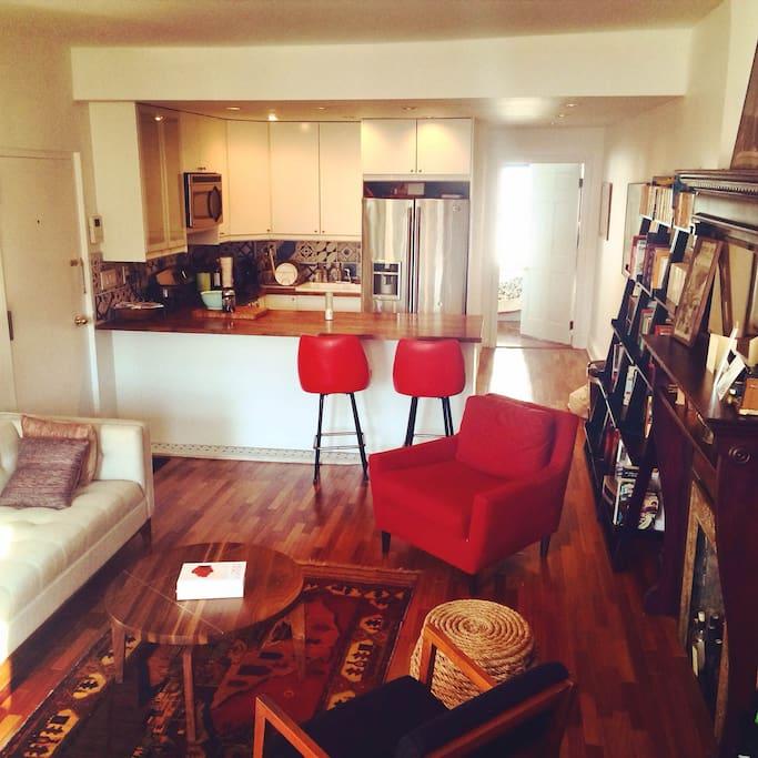 2 Bedroom Apartment In New York: 2 Bedroom Midcentury Brooklyn Brownstone Apartment