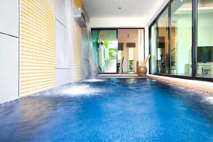 Luxury 2 Bedroom Pool Villa Kamala Phuket