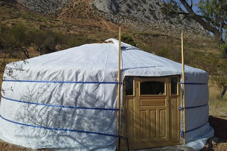 Yurt - El Chorro - Bed & Breakfast