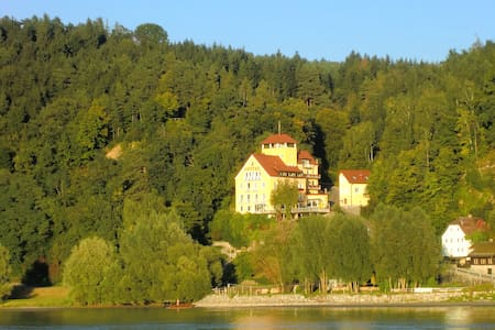 Paradies an der schönen Donau! - Feldkirchen/Aschach an der Donau - Schloss