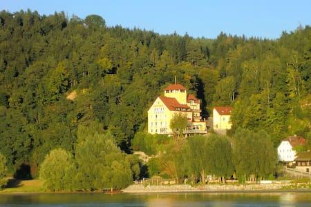 Paradies an der schönen Donau! - Feldkirchen/Aschach an der Donau - Zamek