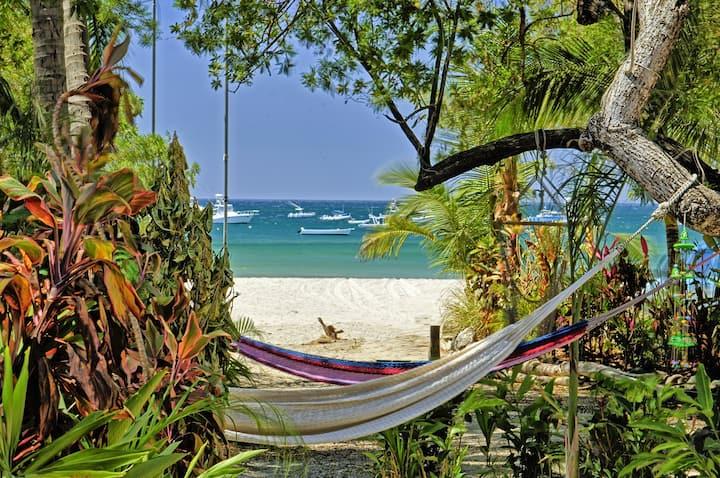 Casa Amor Del Mar on the Beach - Playa Tamarindo