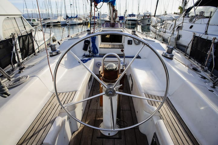 Sleeping in a sailboat - Ajaccio - Barco