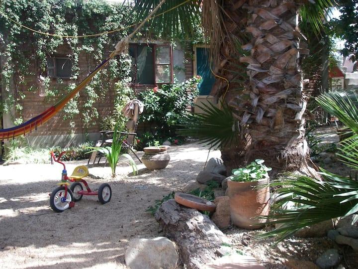 Garden Campsite in Cabo Centro **Acampar