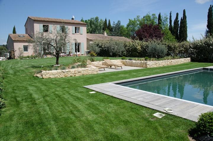 Le Revest campagne piscine 5km vieil Aix