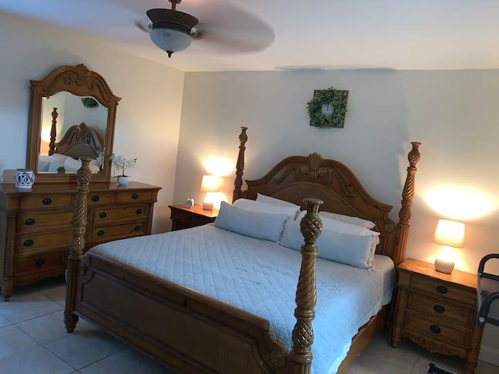 The Palm Beach Room