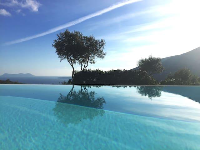 A delightful villa in Syvota - SIVOTA - Villa