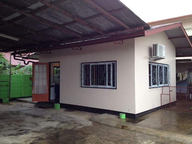 Warm apartment  Paramaribo for rent - Paramaribo - Lägenhet
