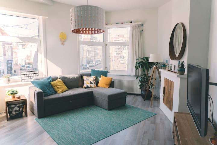 Light and cosy apartment near the beach