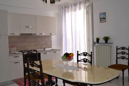 appartamento luminoso - Vittoria - Lakás