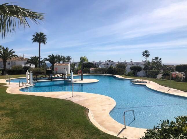 New Apartment in Jardines de Calahonda ( Antares )