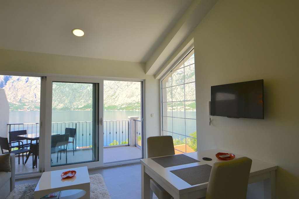 Panoramic views from the living/dining area