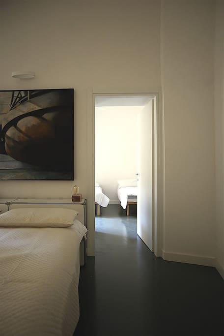 Double bedroom in suite (Blue apt)