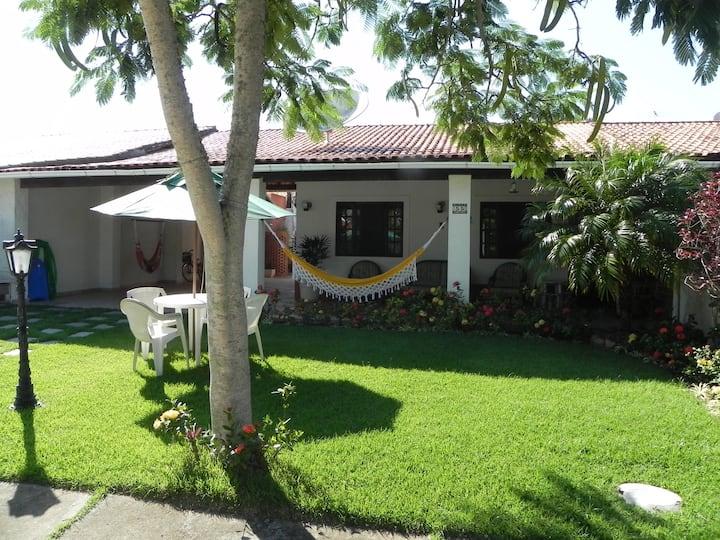 Linda casa em condomínio Fechado  São Pedro Aldeia