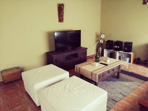 Casa confortable en Parque del plata a 50kms Mvdeo