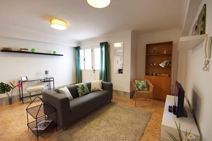 Apartamento un dormitorio semisótano C