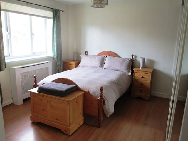 Comfortable Double Room near to Marsden Beach - South Shields - Hus