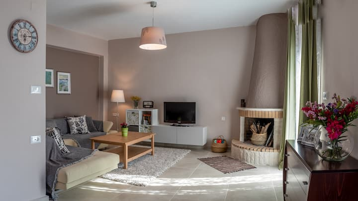 Milatos Beach - Renovated cozy house