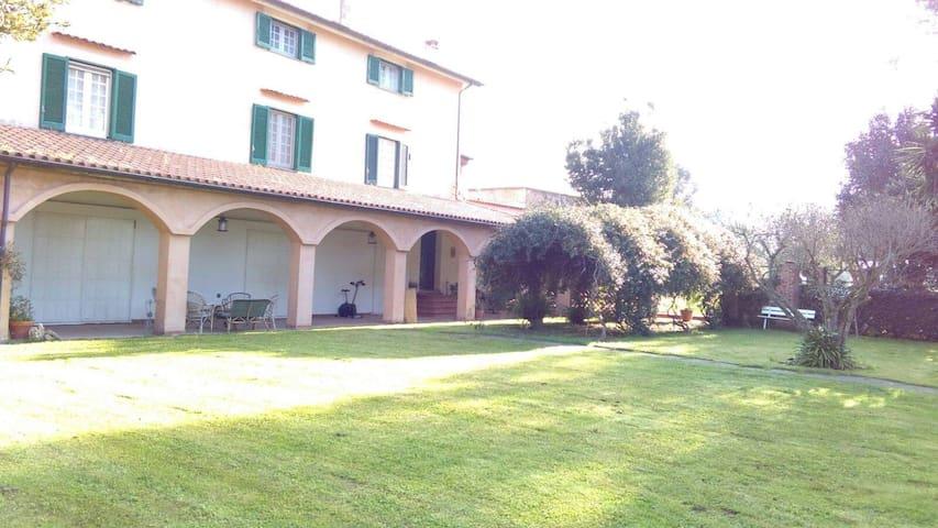 Dependance privata con uso piscina in Villa - Cafasso-borgo Nuovo - Cabane