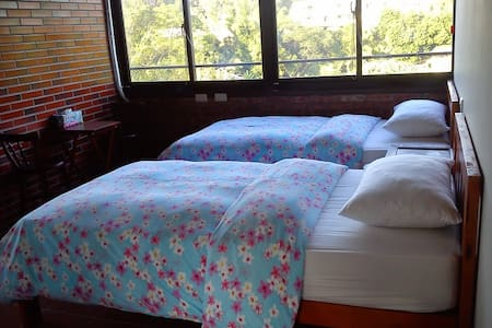 Twin Bed with private bathroom - Beipu Township