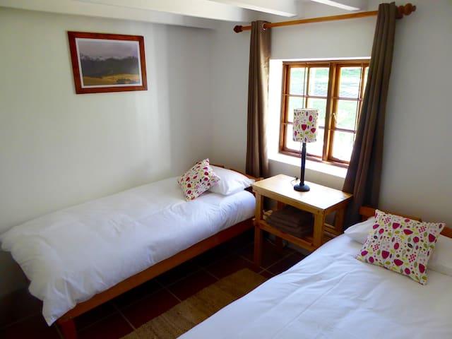 Rose Bedroom 2