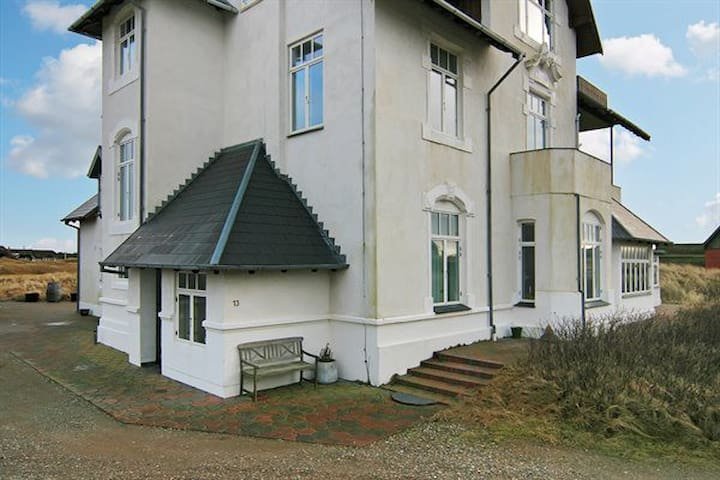 Herskabslejlighed i 1800-tals Strand-Villa - Fanø - Villa