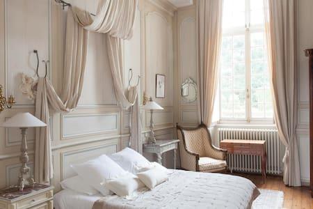 Chambre Diane au château - Bazouges-la-Pérouse