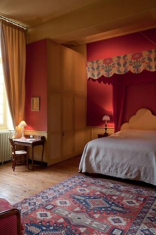 Chambre Victor Hugo - Bazouges-la-Pérouse - Bed & Breakfast
