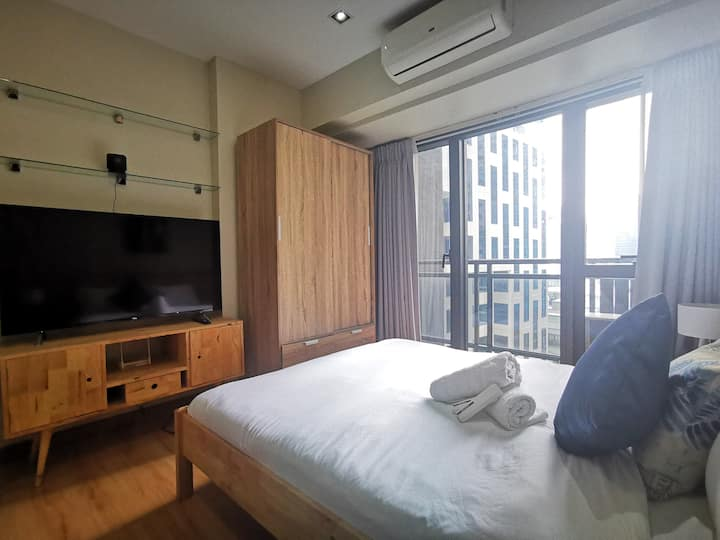 Scandinavian Studio in Knightsbridge, Makati