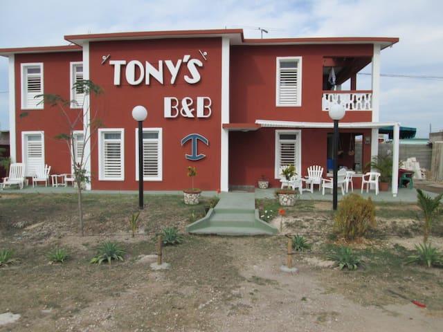 Casa Tony ´S B&B - Habitación - 2 - Playa Giron - Huis