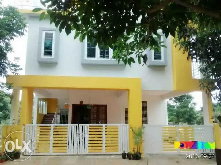 Fully furnished 2BHK near Narayana Hridayalaya