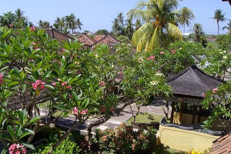 Indulgence Accommodation in Lovina - Kecamatan Buleleng - Bed & Breakfast