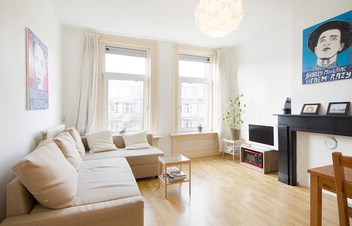 Quiet bright apartment