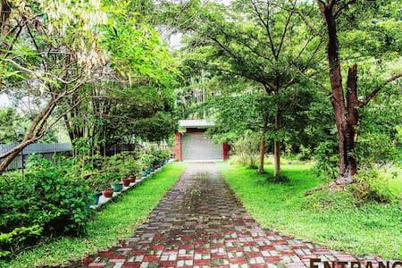 坐擁好山好水4人2房1衛浴獨立 2 room for 4 person - Puli Township - Villa
