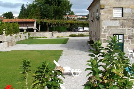 Villa with private pool - Fafe