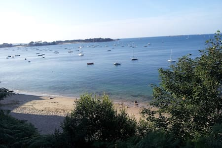 Beau 2 pièces vue mer et terrasse - Carantec - Daire