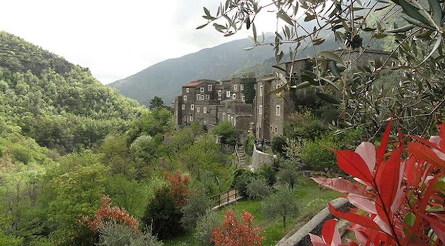 Beautiful open space in Colletta di Castelbianco