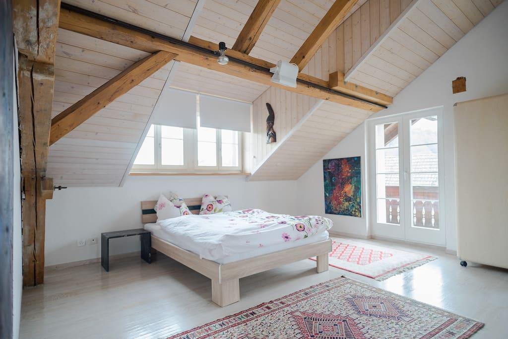 Doppel-Schlafzimmer mit Balkon