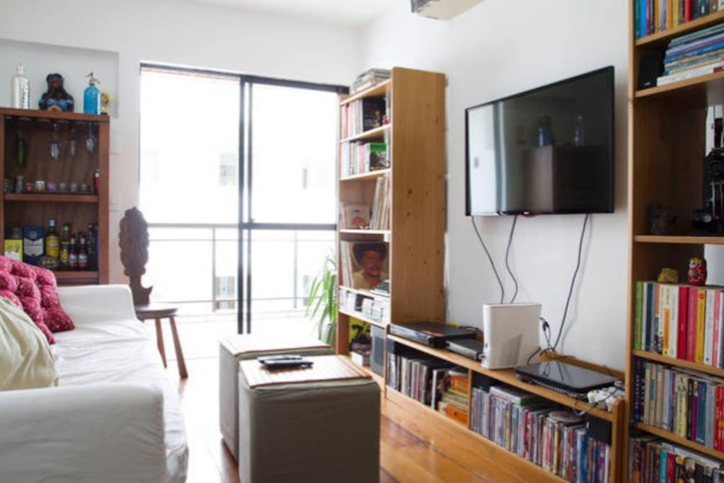 tv, tv a cabo, dvd, wifi... completa! tv and cable, dvd, wifi, everything you need!