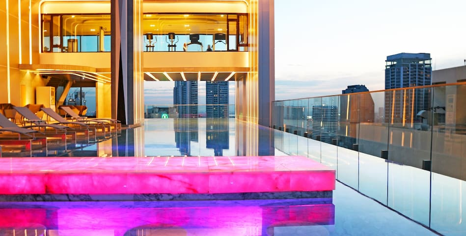 Sky Pool in Asoke, next to BTS, MRT and Terminal21
